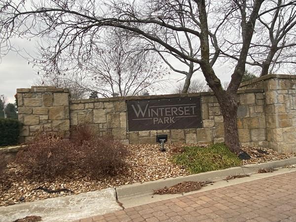 Entrance to Winterset Park
