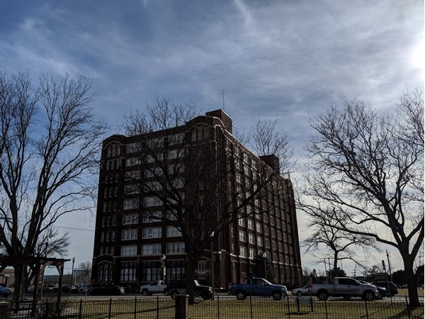 Park Lofts are residential rentals located in a nine story Sears & Roebuck's building from 1912