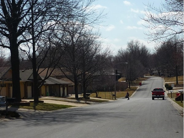Northwest 5th Street from Northwest Hunter Drive in Country Club North