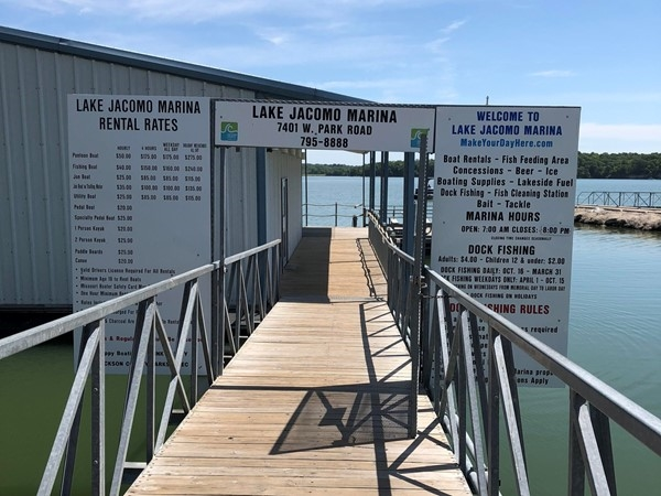 Lake Jacomo Marina