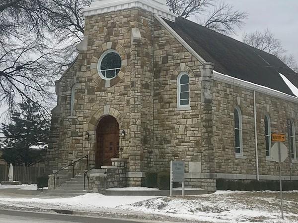 Holy Trinity Chapel, Lenexa