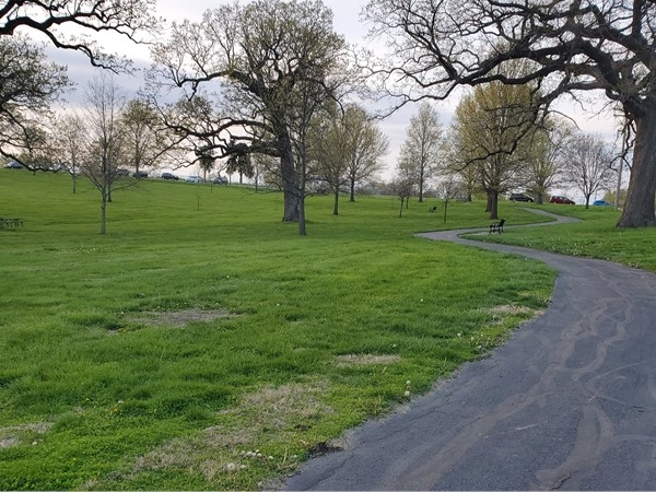 Oak Grove Park has such a clean walking trail and if you have a doggy bring it along too