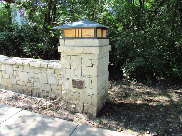 Memorial plaque on Bridgewood bridge