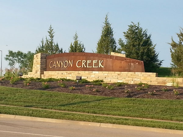 Canyon Creek by the Lake Subdivision Entryway