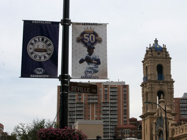 Country Club Plaza - KC Royals