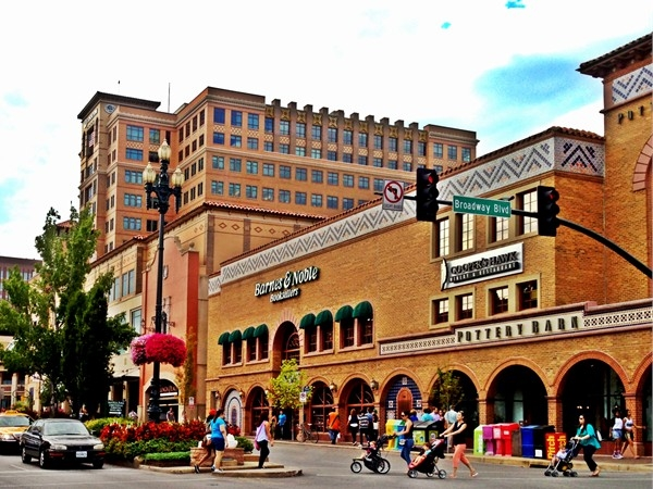 Spend a day walking around, window shopping and dining at the renowned Country Club Plaza
