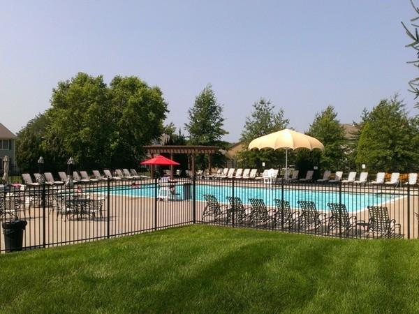 Summer fun! Community pool at Oaks of North Brook