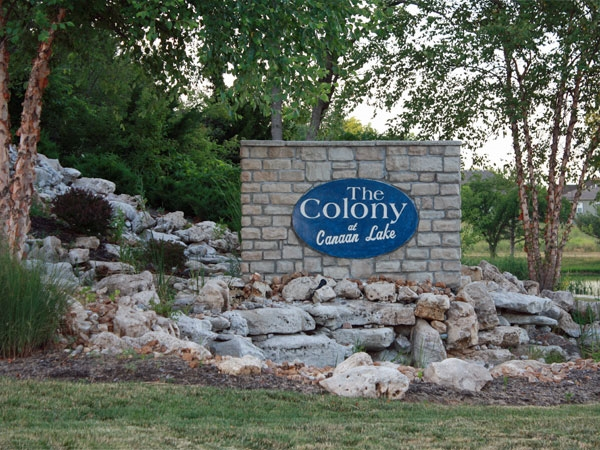 Beautiful tranquil home sites built around the lake and across from Dubs Dread Golf course.