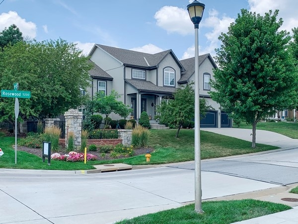 Nice two story home in Hampton Place