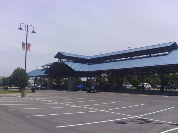 Farmers Market along Merriam Lane