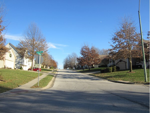 It's a beautiful fall day in Briarwood Oaks Estates