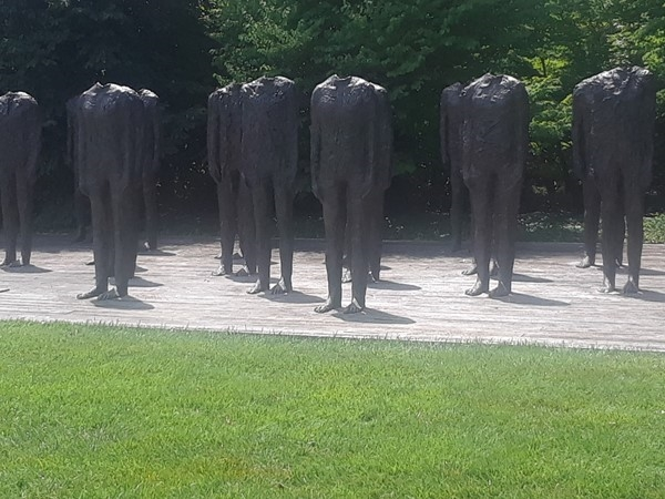 Sculptures with no heads