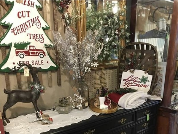 Christmas decorations are starting to come out in my favorite antique stores in Greenwood