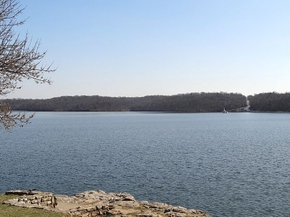 Lake Jacomo Marina is located in Fleming Park, south of Woods Chapel Road on West Park Road.