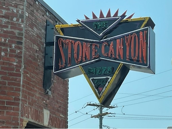 Try Stone Canyon Pizza in downtown Parkville. The food is delicious