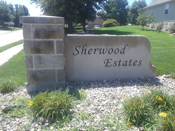 Sherwood Estates is conveniently located close to shopping