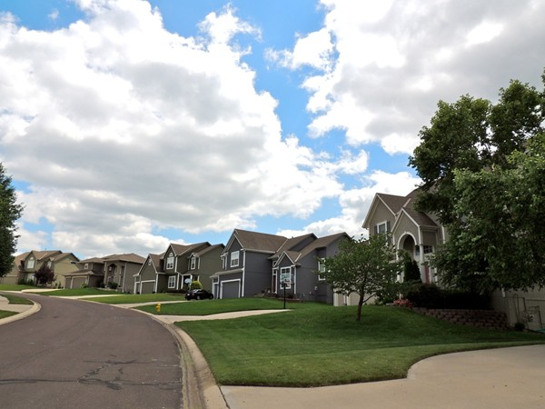 Bridlewood is within walking distance to Longview Park