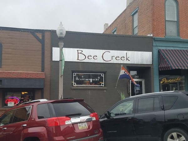 Bee Creek Cafe - Downtown Platte City