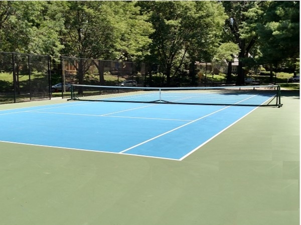 Armour Hills. One of the many well maintained, public tennis courts in Kansas City