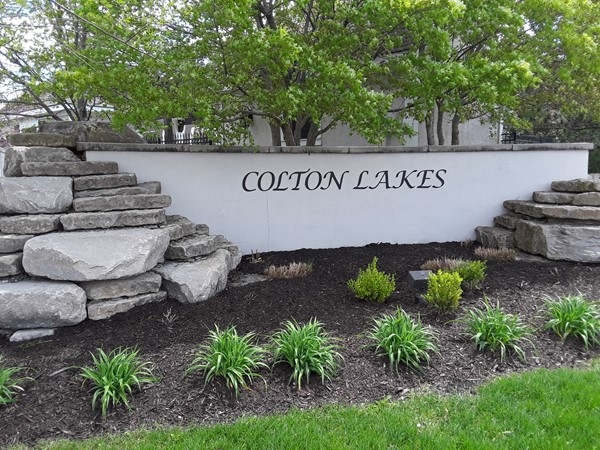 Colton Lakes Community in Overland Park KS