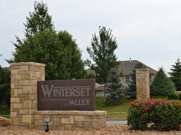 Beautiful homes in Winterset Valley