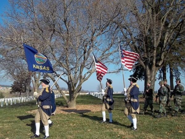 Sons of the American Revolution lead the way to trailer full of Wreaths Across America