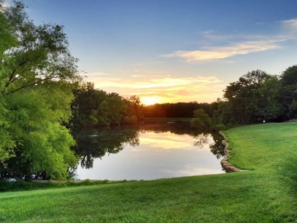 Lakes at Oakmont offers beautiful sunset walks along its lakes and trails