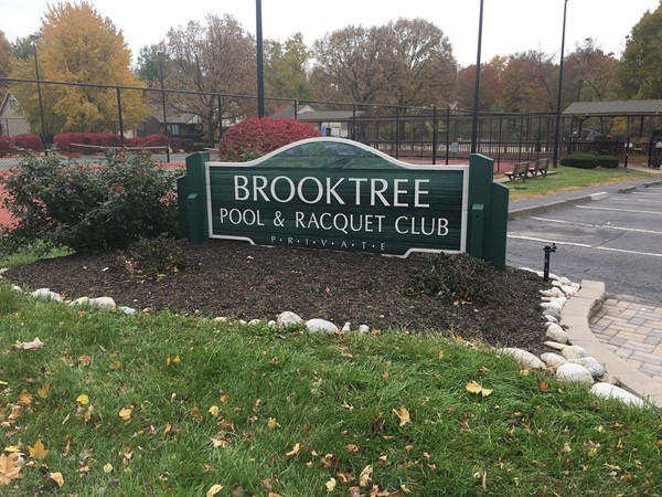 Brooktree neighborhood amenities