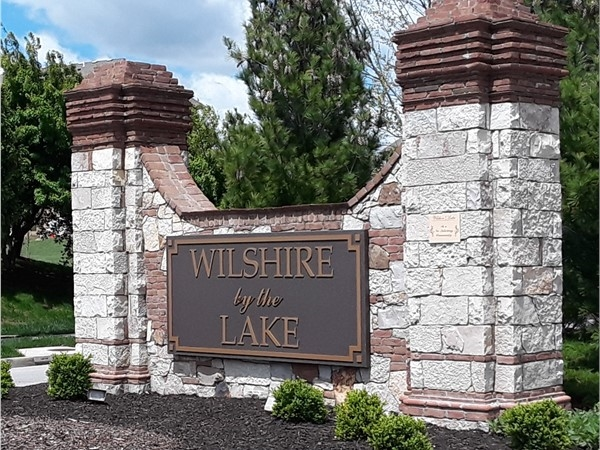 Wilshire by the Lake Community in Overland Park