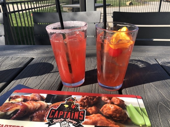 New Captain's Sports Lounge in Grain Valley