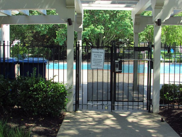 Wilshire pool entrance
