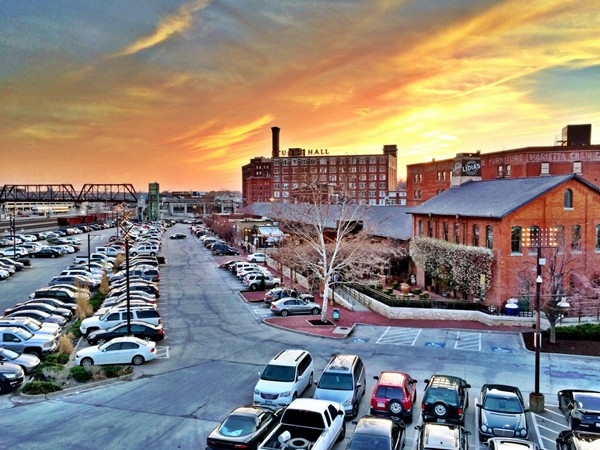 The Freight House District south of downtown Kansas City houses several terrific restaurants