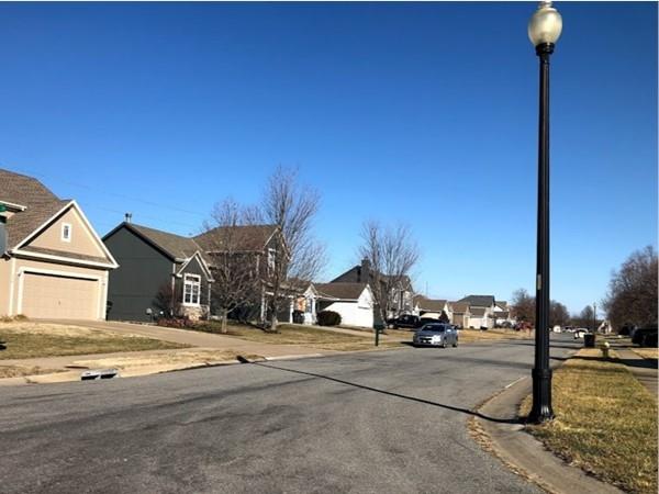 Welcome to the friendly neighborhood of Sunset Ridge