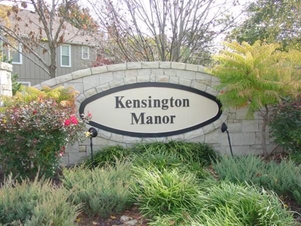 Kensington Manor entry
