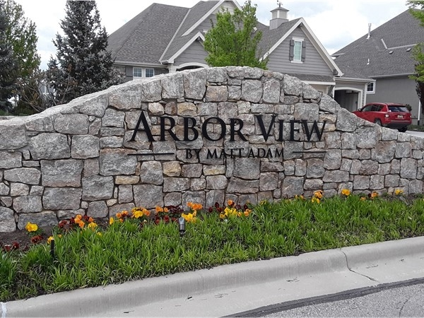 Arbor View Community in Overland Park