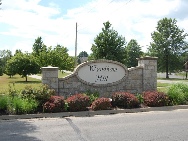 Wyndham Hill on the Park Entrance