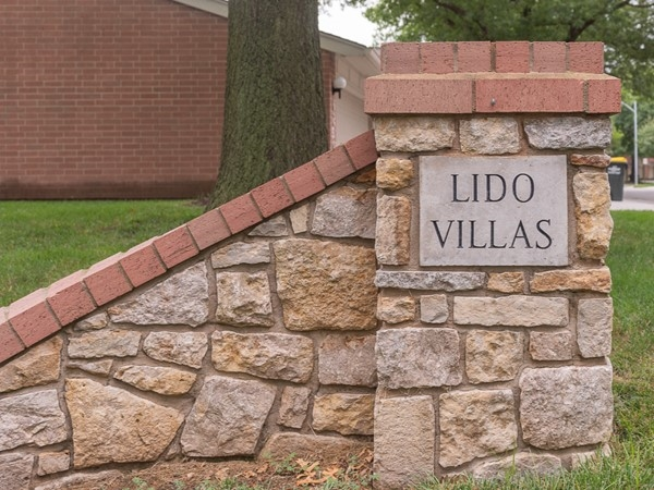 Entry monument for Lido Villas neighborhood in Mission KS