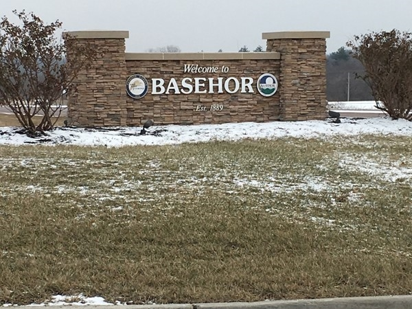 Basehor is a great small town located near the legends and a quick drive to downtown Kansas City