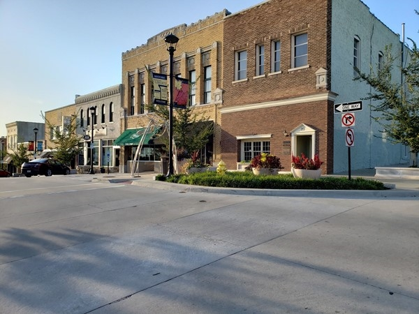 Beautiful fall day in Downtown Liberty, with a warm cup of tea from Hammerhand Co