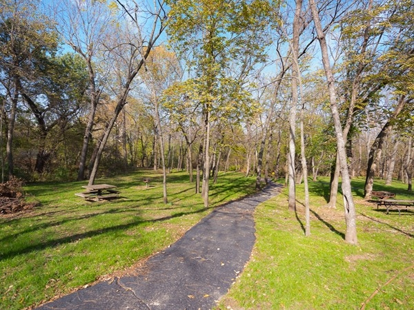 Hike and bike trail through Forest Park Estates