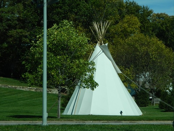 Tepees on the lawn at Nelson-Atkins Museum