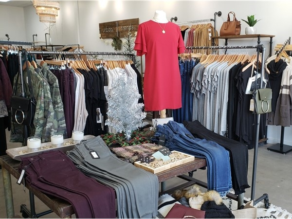 Urban Threads: A great new women's boutique in Parkville Commons