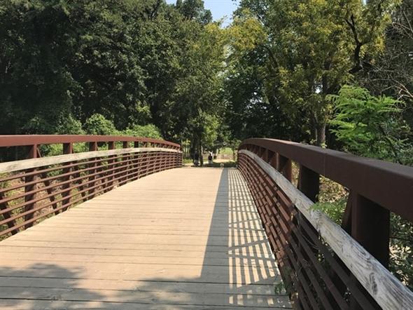 Beautiful bridge In Leawood Park