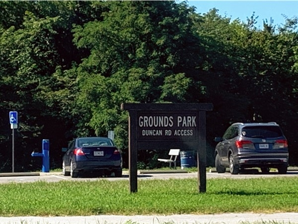 Entrance and parking for Grounds Park and Lake Remembrance from Duncan Road