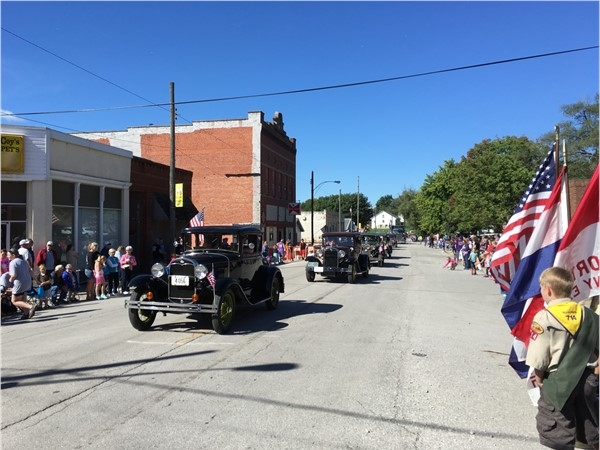 Classic cars came out for the Pioneer Days Parade