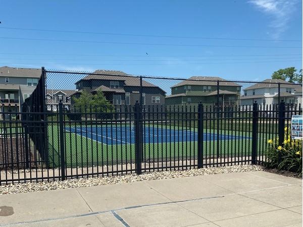 Go swim, play pickleball, basketball, and tennis in Pine Grove