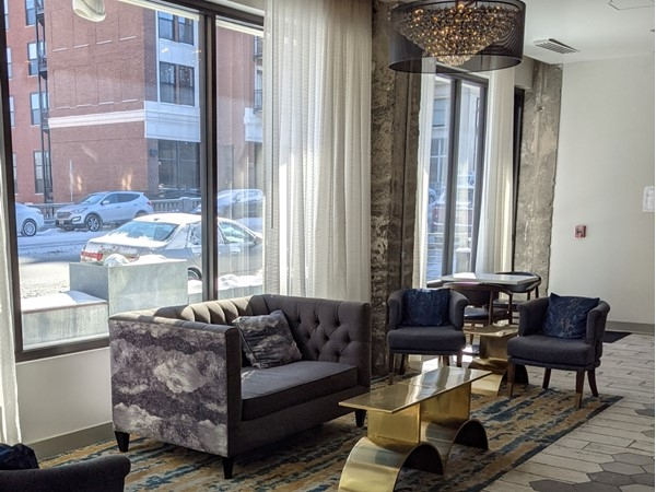Hotel Indigo - Artful accommodations in the heart of Kansas City