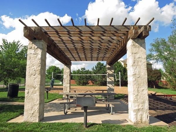 Picnic, play area, and Volleyball court for Grey Oaks