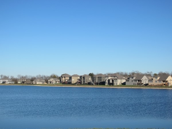 Lakefront homes, Lakeside at Chapman Farms