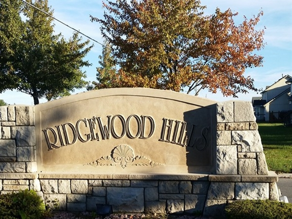 One of the entrances to Ridgewood Hills